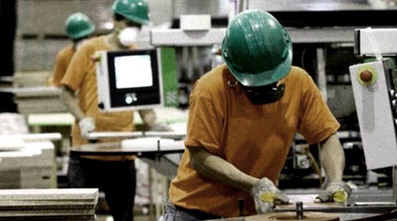 La actividad industrial subió 32,8% en marzo y la construcción 97,6.%, informó el Indec